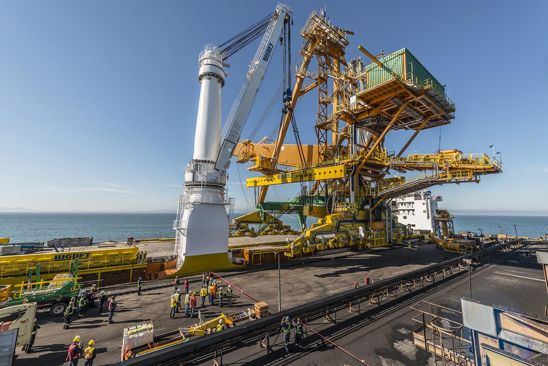 Shiploader_delta BC engineer design Bulk material handling Infrastructure Berth conveyor Hydraulic Loading spout Port terminal