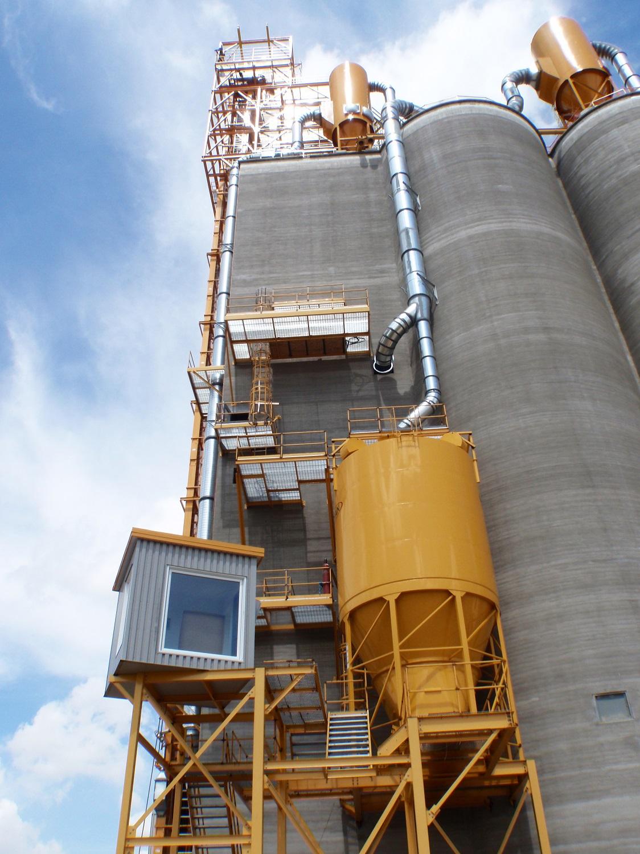 Colonsay inland grain terminal engineering slip form concrete silos design build