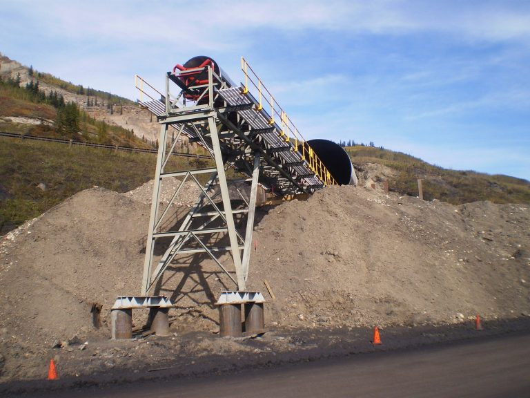 grande cache primary crusher and coal conveying system