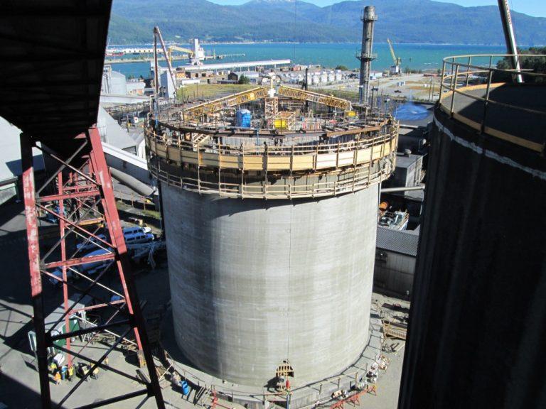 Kitimat 20,000 tonne concrete slipform silo alumina storage