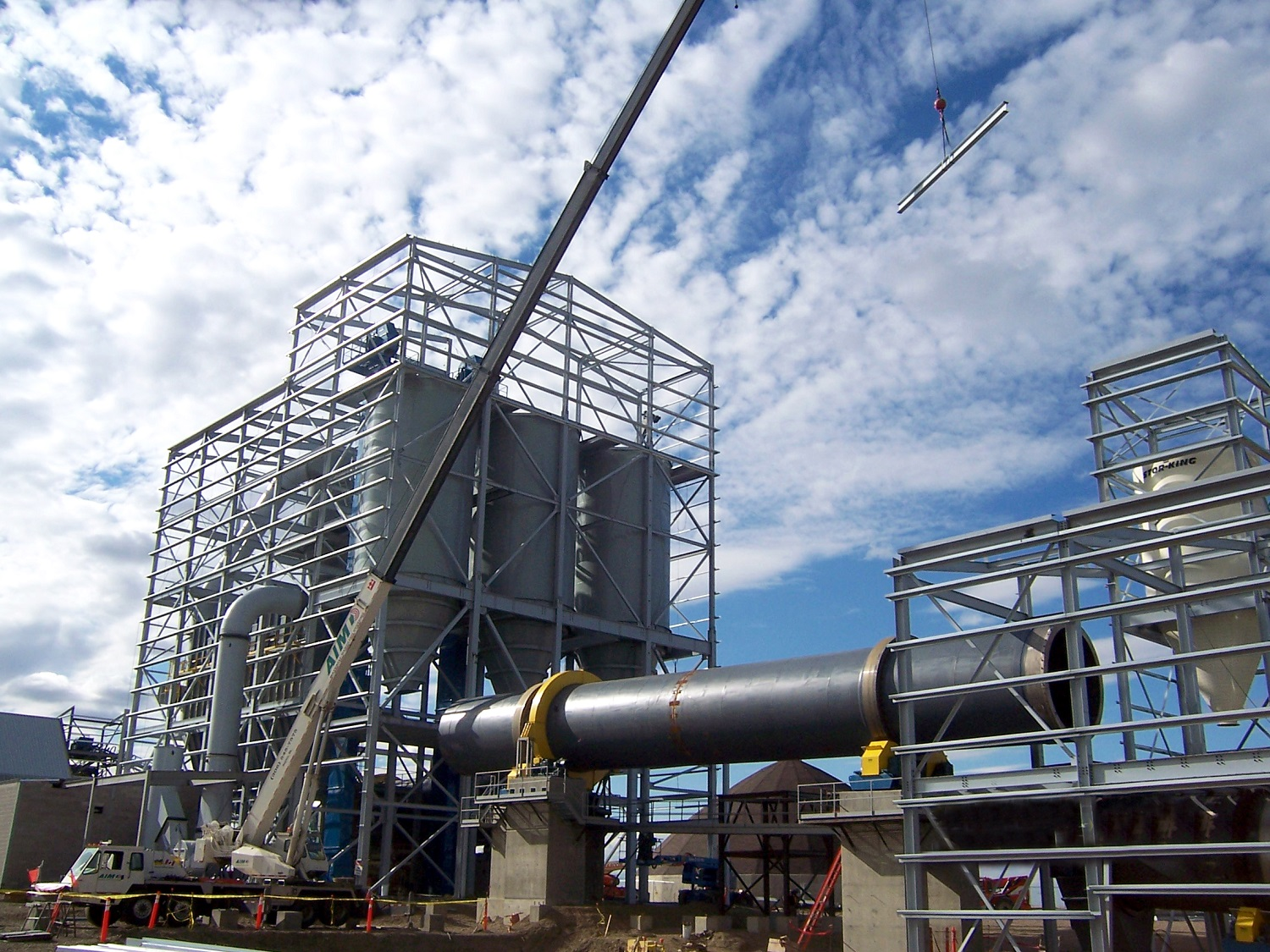 Metakaolin processing facility Design and installation of all foundations, concrete, structural steel and processing buildings whitemud crane building structure Ag-industrial Bulk material handling Mining Wood Mountain Crusher Ore handling Rotary dryer Kiln Cooler Baghouse Coal mill Ore